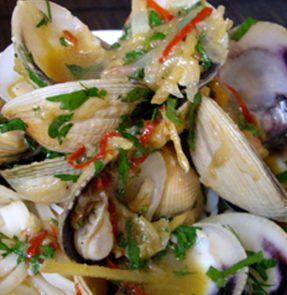 Chilli, Mirin & Dashi Clams
