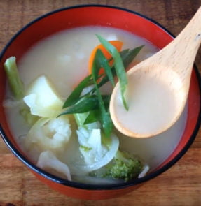 Hearty Shiritaki Miso Soup
